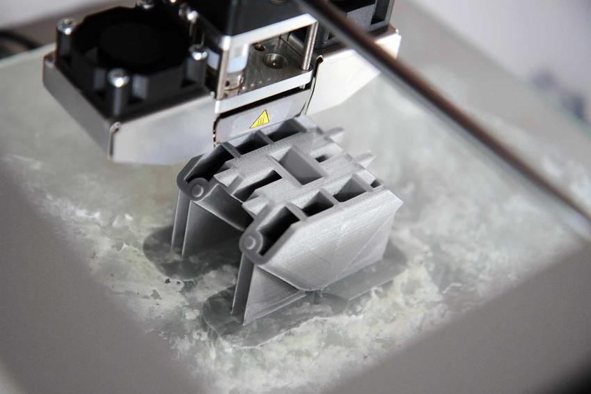 Domy z drukarki 3D to nowa technologia, której zastosowanie nie jest do końca niemożliwe. Ich budowa, zastosowanie i trwałość nadal są jednak testowane.
