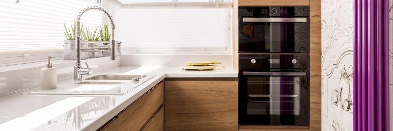Piękny i atrakcyjny - taki powinien być wystrój nowoczesnej kuchni. Cena wykończenia nowoczesnej kuchni w domu jednorodzinnym.
