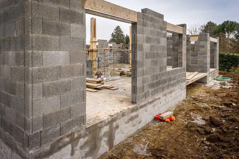 Jakie bloczki betonowe są najlepsze? Suporex jest zdecydowanie najbardziej popularnym materiałem budowlanym.