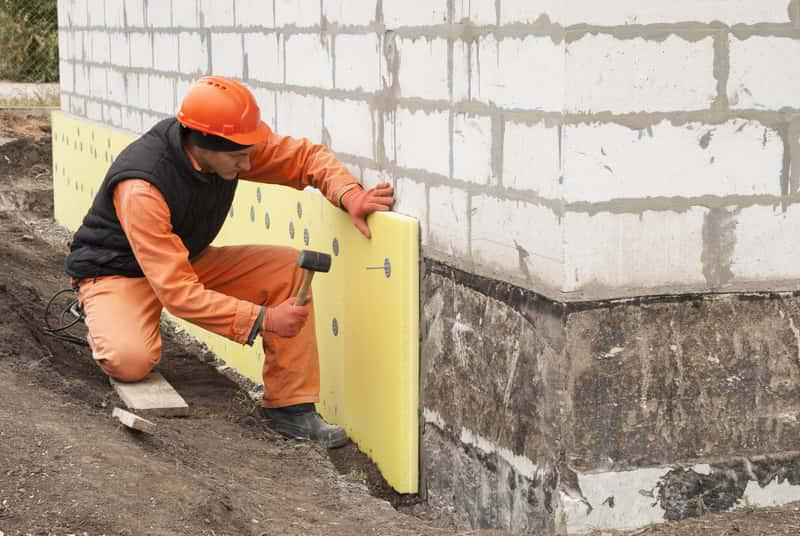 Docieplanie budynku, a także koszt docieplenia budynków, cena materiałów ociepleniowych i zastosowanie krok po kroku