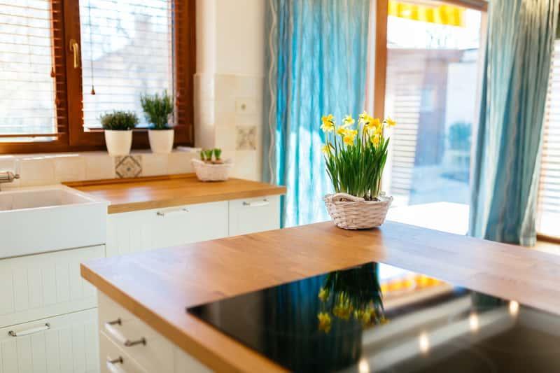 Meble kuchenne Bodzio dobrze sprawdzaja się w nowoczesnych i tradycyjnych kuchniach. Meble Bodzio są wysokiej jakości rozwiązaniem.