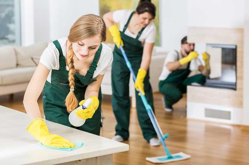 Cennik sprzątania mieszkań i biur 2021 - prywatnie i z firmą sprzątającą - ceny w całej Polsce