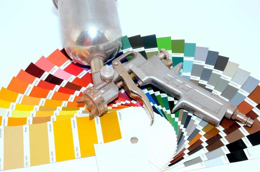 Tapeta natryskowa to świetne rozwiązanie dla alergików. Tapety natryskowe łatwo się nakłada i są hipoalergiczne.