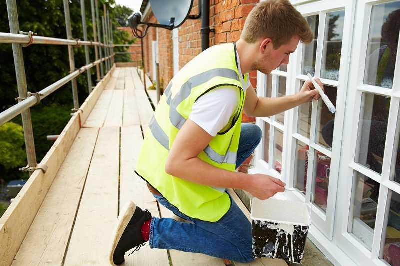 Cennik renowacji okien drewnianych jest zależny od zakresu prac renowacyjnych, które należy wykonać i od stanu, w jakim były okna.