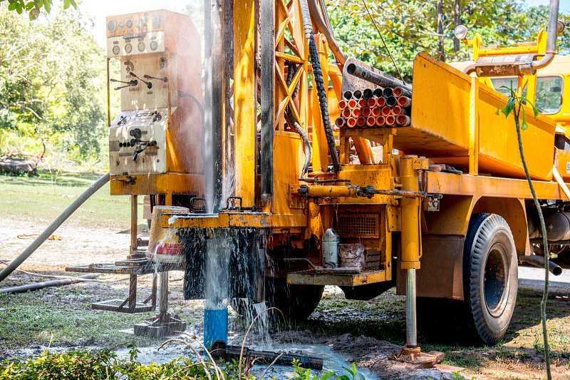 Sprzęt budowlany na wynajem, a także cennik wypożyczania sprzętu budowlanego do wielu różnych zastosowań