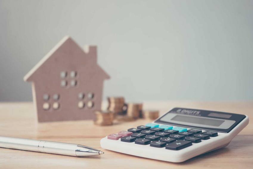 Koszty ubezpieczenia domu nie muszą być wysokie. Jeśli znajdziesz odpowiednią ofertę i dokładnie przejrzysz umowę, z pewnoscią znajdzie się jakies tanie wyjście.