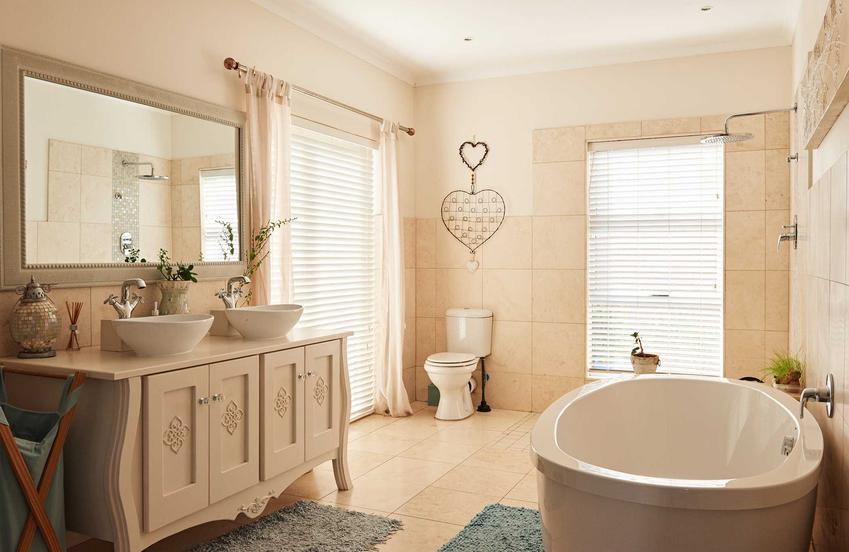Meble łazienkowe na wymiar to świetne rozwiązanie do łazienki o niewielkiej powierzchni. Świetnie się sprawdzają w wielu przypadkach, mogą mieć różne style.