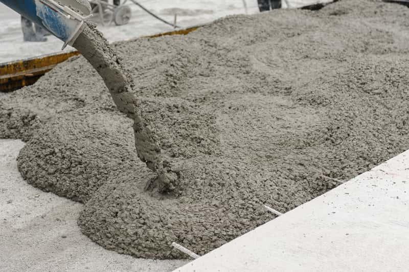Wylewany beton z dodatkiem plastyfikatora, a także cena i zastosowanie plastyfikatora, a także opinie i wykorzystanie krok po kroku