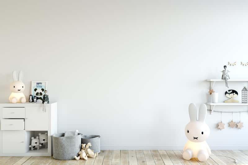 Biały pokój dla niemowlaka, a także najlepsze pomysły i inspiracje, jak urządzić pokój dla dziecka w różnym wieku