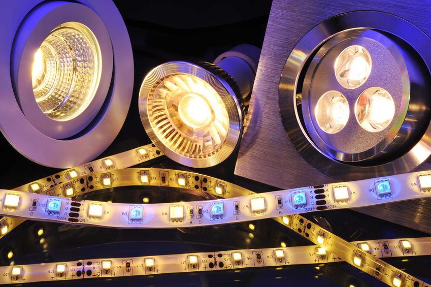 Taśmy LED i inne lampy LED wspaniale się sprawdzają do wielu rozwiązań. Kuchnia, łazienka czy podświetlany sufit - mają mnóstwo zastosowań.