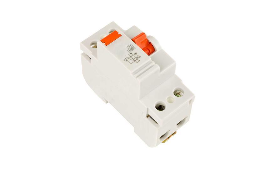 Wyłącznik różnicowo-prądowy ma prostą zasadę działania. Schemat jego podłączenia nie musi być trudny ani skomplikowany.