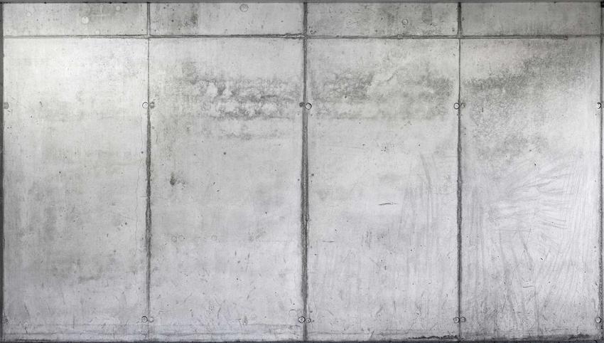 Beton stemplowany ma w swojej powierzchni wyraźne wgłębienia. Dzięki temu jest bardziej dekoracyjny, a jego cena porównywalna do standardowych betonów.