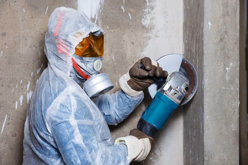 Szlifierka do betonu jest bardzo przydatna na budowie lub w czasie remontu domu. To wygodny i szybki sposób na zatarcie betonu i uzyskanie idealnie równiej powierzchni.