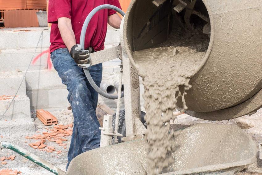 Prawidłowe proporcje betonu do różnych zastosowań - poradnik praktyczny