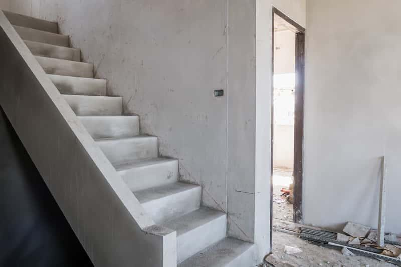 Domy z betonu, czyli opinie, zastosowania, wykonanie, elementy betonowe, budowa, wady oraz zalety