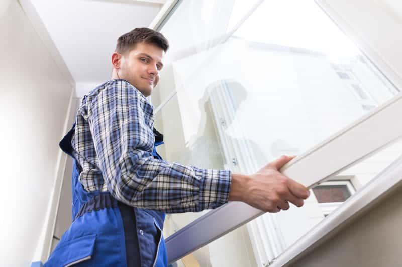 Ciepły montaż okna - instrukcja samodzelnego montażu drzwi i okien PCV, kalkulacja kosztów, oszczędności ciepła, ceny - porady