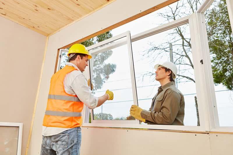 Wymiana okien w domu jednorodzinnym, a także jak samodzielnie wymienić okna, poradnik praktyczny i najlepsze rozwiazania