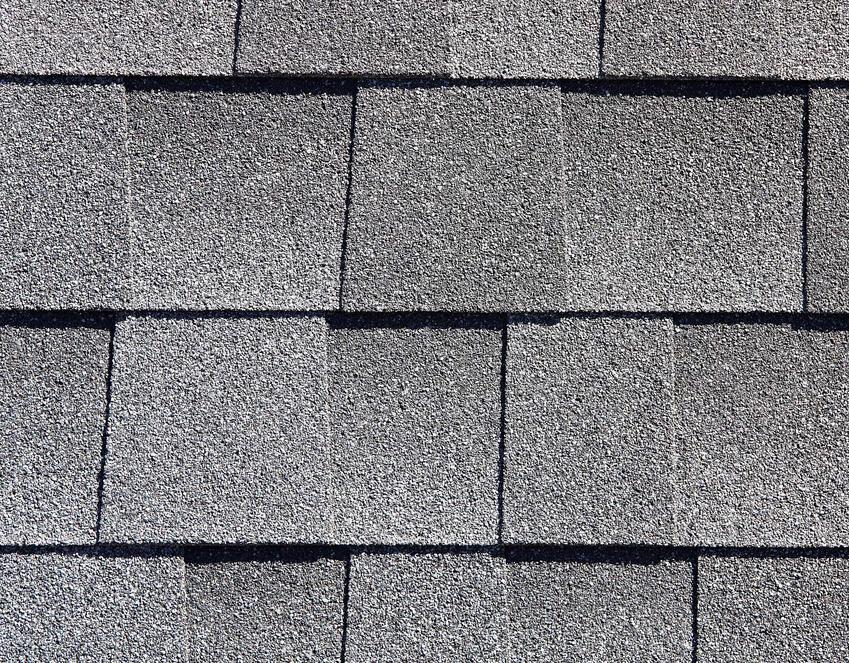 Gont bitumiczny na dachu bardzo ładnie wygląda zwłaszcza w przypadku nowoczesnych budynków. Ma bardzo wiele zalet.