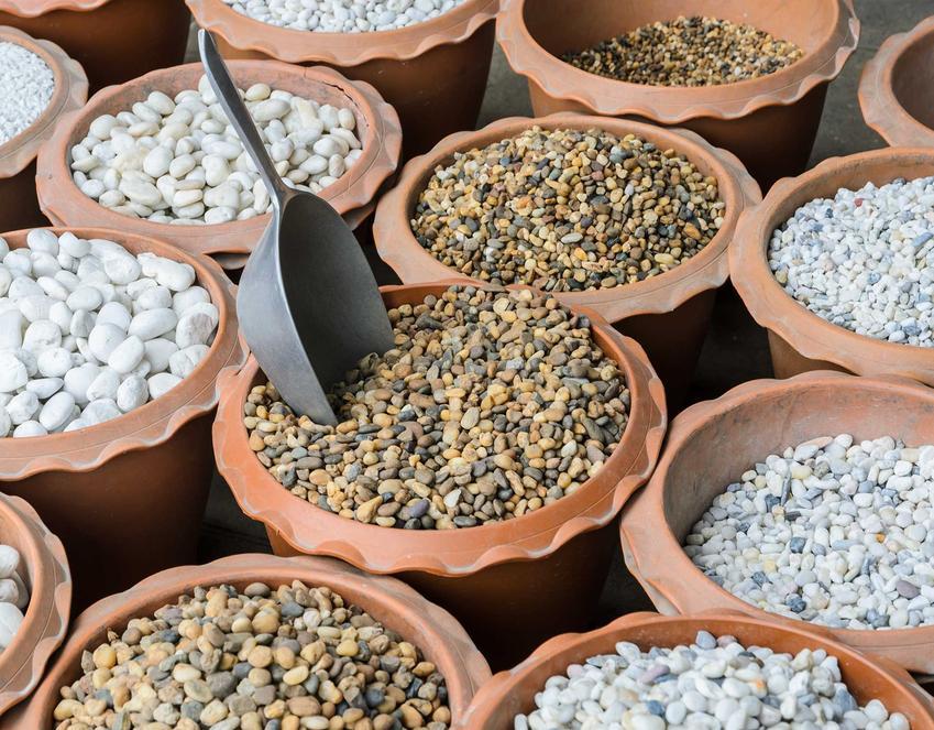 Kermazyt ogrodniczy przydaje się do uprawy większości roślin ozdobnych doniczkowych i ogrodowych. Cena to zaledwie kilka złotych, wiec warto.
