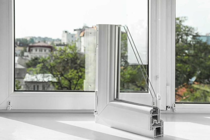 Okna aluminiowe Schuco to świetne rozwiązanie. Wspaniale sprawdzają się, chociaż ceny są dość wysokie, są bardzo popularne i ładnie wyglądają.