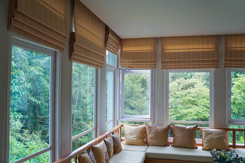 Okna pasywne z PCV to dobry wybór. Są nieco tańsze, a wielu producentów oferuje naprawdę świetnej jakości ramy.