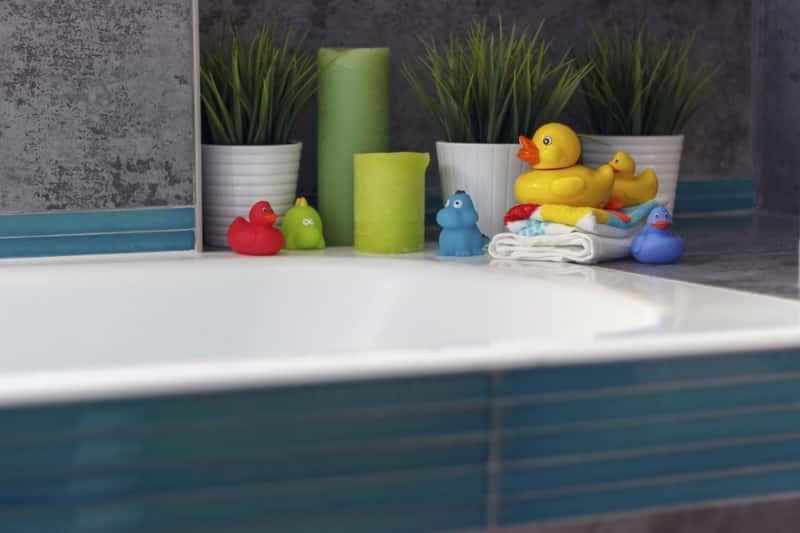 Ciekawa łazienka z akcesoriami dla dzieci, a także TOp 10 pomysłów i aranżacji nowoczesnych łazienek