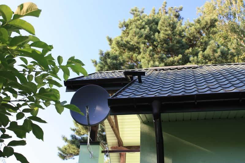 Pokrycie dachowe, blachodachówka grafitowa - rodzaje, modele, opinie, trwałość, zastosowanie, montaż, ceny - porady