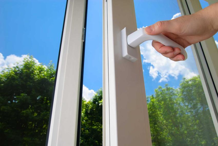 Aluminiowe okna Adams dobrze się sprawdzają. Są bardzo dobrej jakości i bardzo trwałe, dobrze się prezentują w nowoczesnych mieszkaniach.