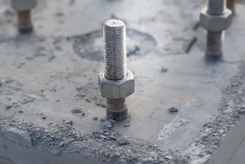 Śruby do betonu, a także wkręty do betonu, rodzaje akcesoriów, zastosowanie, producenci, ceny oraz charakterystyka