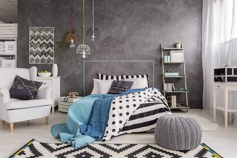 Tynk dekoracyjny na ścianie wykonany samodzielnie, a także cena, porady, wskazówki, materiałyh, najmodniejsze rodzaje i wory