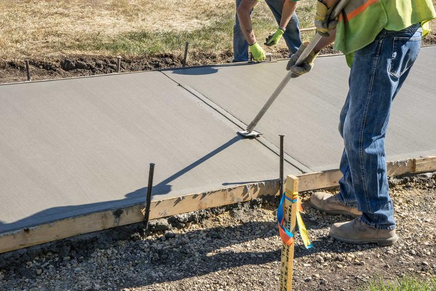 Karbonatyzacja betonu to naturalny proces, ale robiąc beton można zadbać, by problem nie był zbyt dużo.
