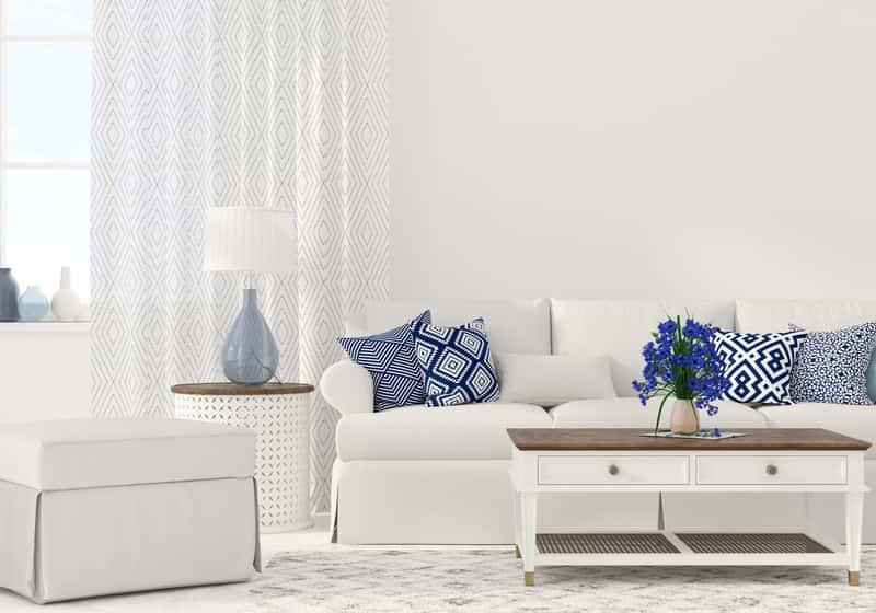 Jasny dywan akrylowy w salonie, a także charakterystyka dywanów akrylowych, opinie, ceny oraz porady przy wyborze i zakupie