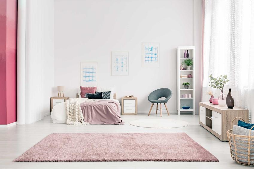 Wykładziny i dywany w OBI są niezwykle popularne. Zbierają świetne opinie ze względu na wysoką jakość produktów i średnio wysokie ceny.