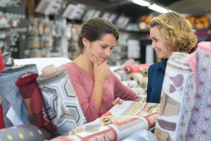Kupowane dywany w Jysk, a także przegląd oferty sklepu, ceny, najciekawsze modele, wzory i najmodniejsze kolory
