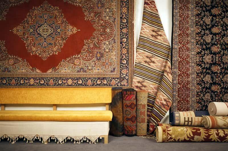 Dywany tureckie w staromodnym stylu w sklepie, a także opinie, modele oraz producenci i polecane sklepy z dywanami