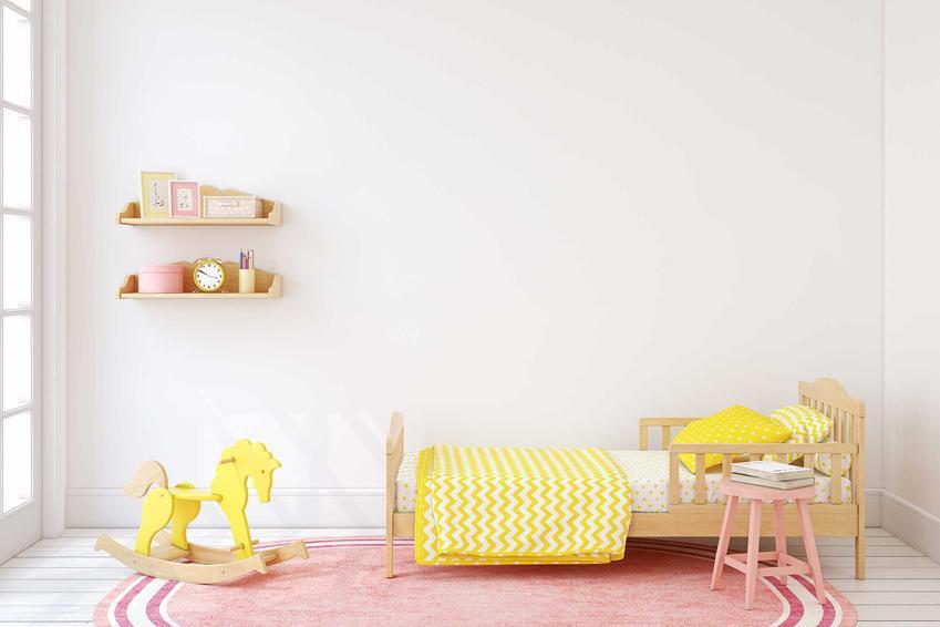 Dywany do pokoju dziecięcego powinny być jasne, pastelowe i dobrze dopasowane do upodobań małego mieszkańca.