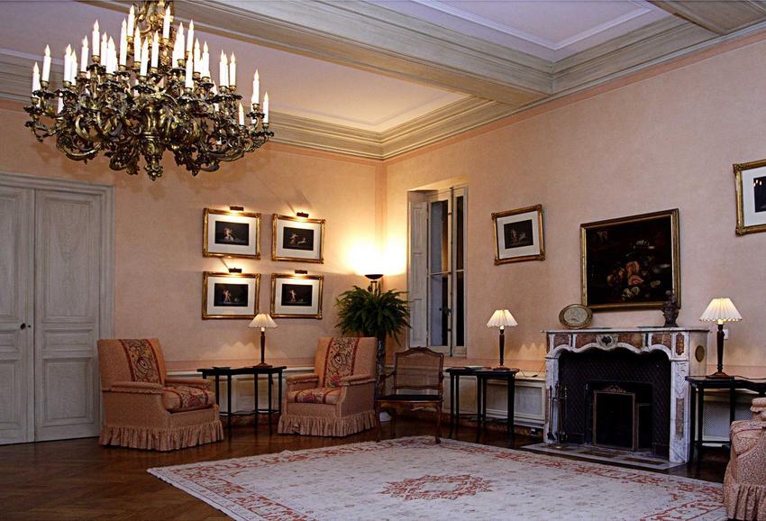 Dywany w stylu vintage to idealne dopełnienie klasycznych aranżacji. Sprawdzają się w salonie, jadalni i sypialni, gdzie mogą zaperezntować swoje piękno.