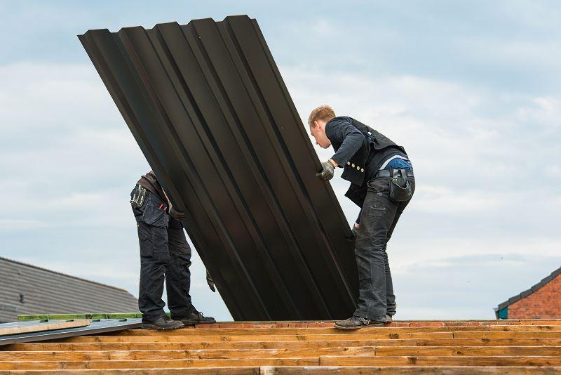 Zazwyczaj arkusze blachy trapezowej mają takie same wymiary. Blacha dachowa trapezowa jest najczęściej wybieranym materiałem.