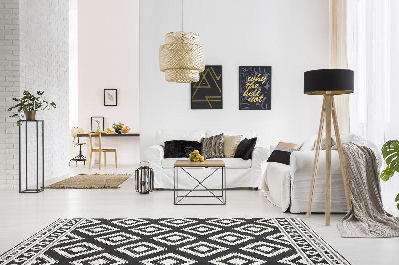 Dywany do salonu mogą być bardzo nowoczesne. Są bardzo atrkacyjne i ocieplają każde wnętrze