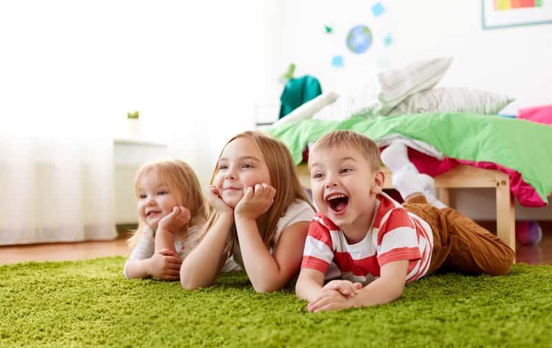 Dywan w pokoju dziecięcym o zielonym kolorze, a także inne dywany dla dzieci, najlepsze rodzaje, ceny oraz opinie