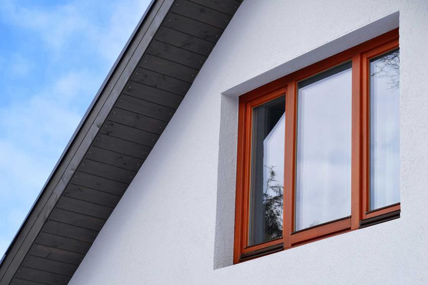 Okna Winchester to świetne rozwiazanie w domu jednorodzinnym. Kolor jest bardzo wyrazisty i oryginalny, a ich ceny są trochę wyższe niż w innych przypadkach