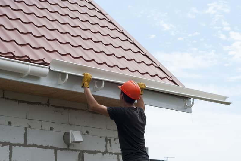 Ciekawe dachówki na dachu mieszkania, a także przegląd rodzajów i typów dachówek krok po kroku, najlepsze materiały