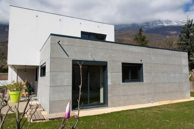 Domy pasywne zapewniają prawie zerowe zużycie energii zewnętrznej oraz koszty, cechy i charakterystyka domów pasywnych