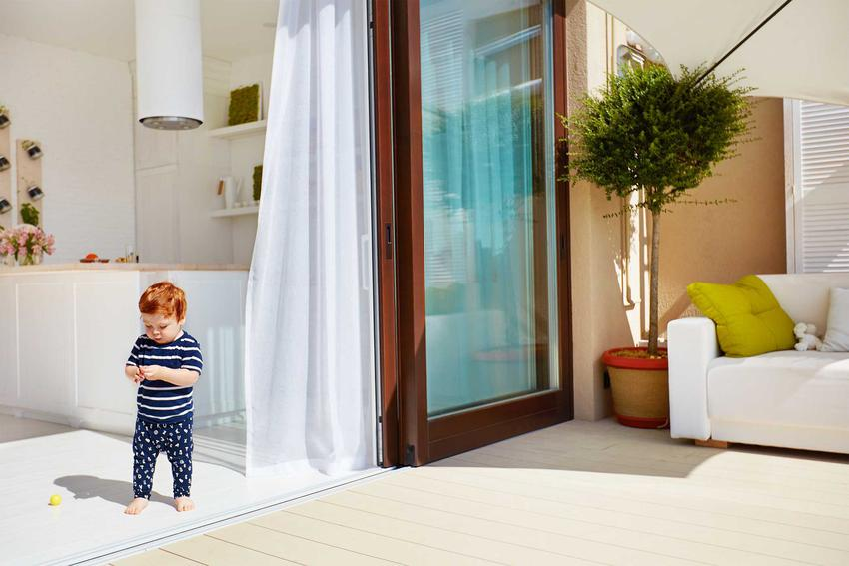 Rozsuwane drzwi tarasowe, a także przesuwne okna na balkon oraz ceny i koszt drzwi tarasowych przesuwnych