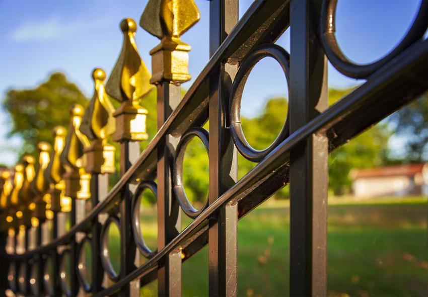 Ogrodzenie metalowe oraz polecane wzory na ogrodzenia metalowe, czyli wzory ogrodzeń metalowych i porady