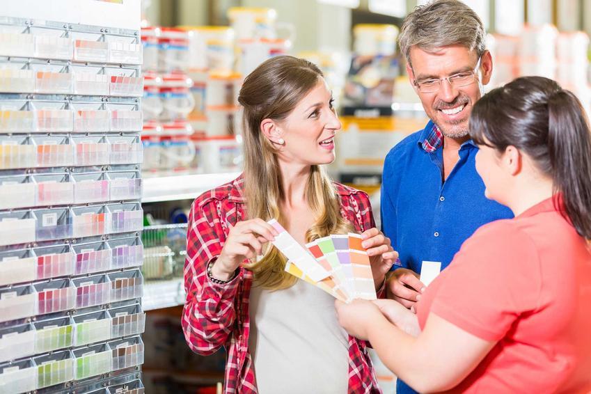 Farby beckers oraz paleta barw Beckers i wzornik kolorów prezentowany klientom w sklepie, a także opinie i zastosowania farb Beckers