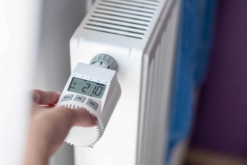 Termostat elektroniczny czy też termostat elektryczny do grzejnika oraz polecane regulatory pokojowe do domu