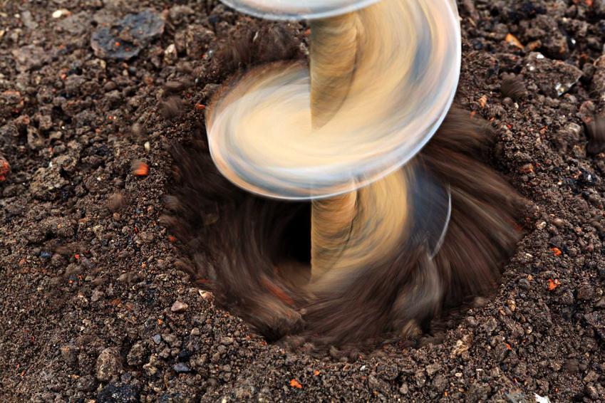 Wiercenie studni głębinowych, a także wybijanie studni głębinowych lub kopanie studni głębonowych i ceny