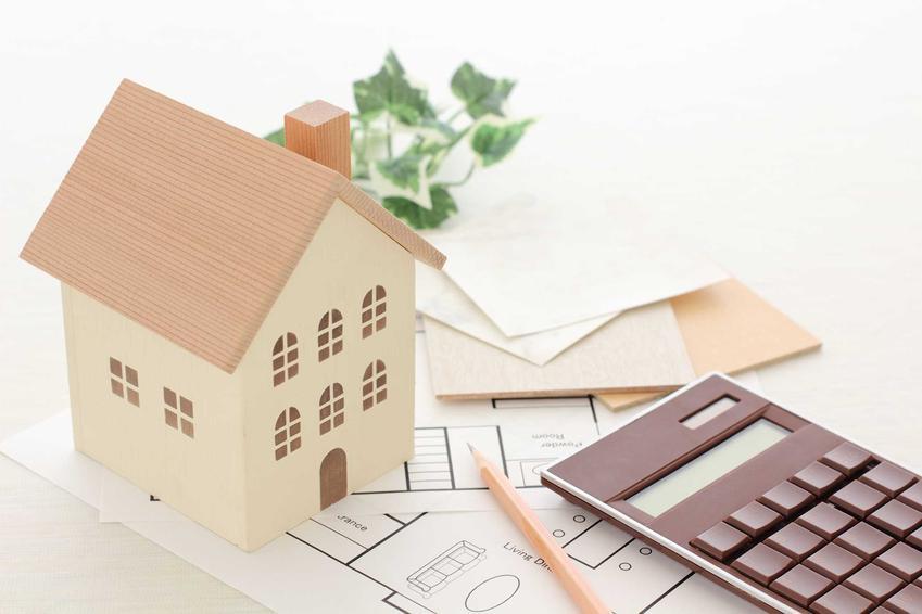 Zajmując sie kosztorysowaniem budynku, warto sięgnąć po Kalkulatory Budowlane - program, który poda ci informacje o wszystkich cenach