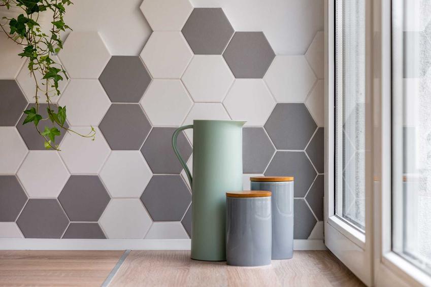 Płytki dekoracyjne na ścianę, czyli płytki ozdobne oraz na przykład kamień dekoracyjny, rodzaje oraz ceny produktów